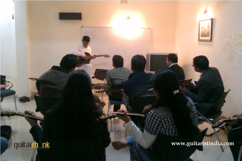 Guitar Delhi - Guitarmonk