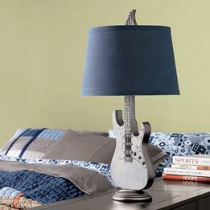 54_Guitar Lamp