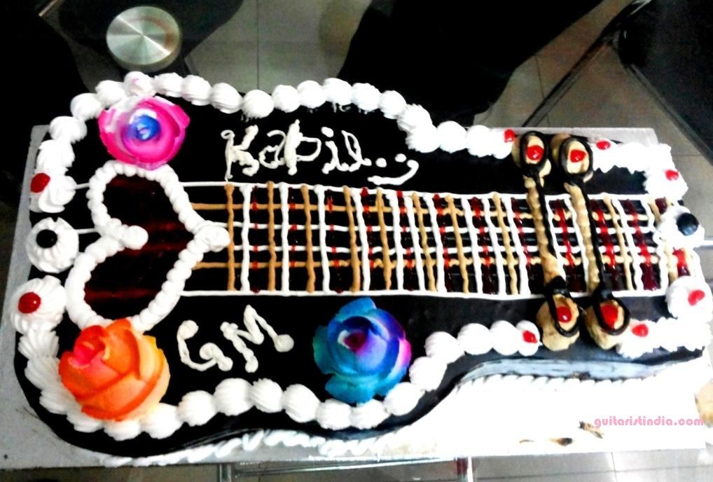 how to play happy birthday on guitar in hindi