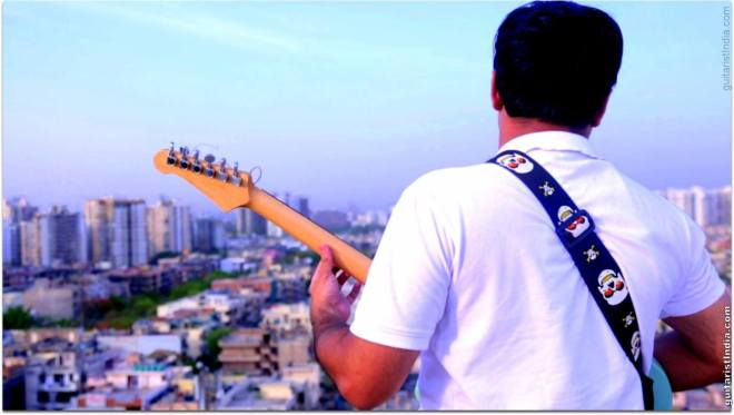 Kapil Guitarist on roof Guitarmonk
